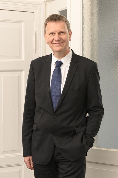 Portrait Hartmut Schmidt Rechtsanwalt Insolvenzverwalter