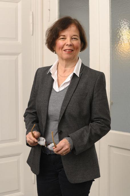 Portrait Daniela Henrich-Kohmüller Rechtsanwältin Mediatorin