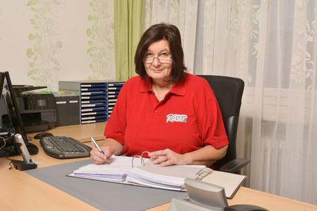 Andrea Grünberger in ihrem Büro