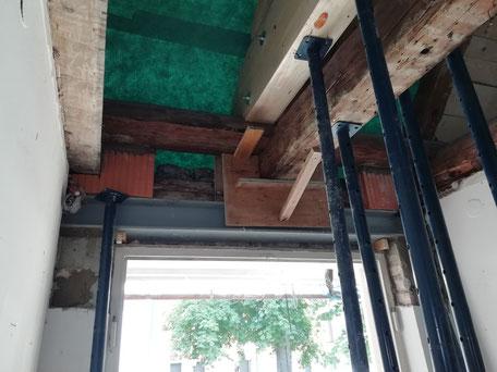 Statische Ertüchtigung mittels Stahlträger im Denkmalschutz