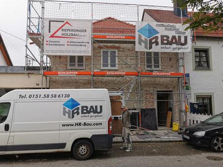 Fassadenabbruch und teilweise Mauerwerkssanierung