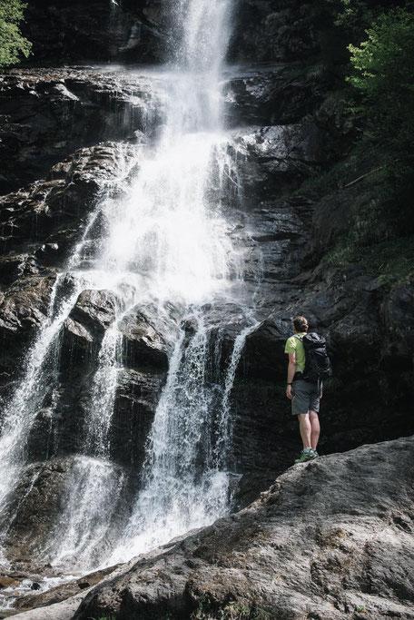 Wanderung am Hartberg: über dem Naturlehrpfad zum Schleierwasserfall