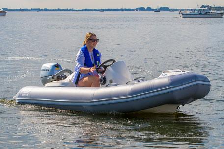Zodiac Yachtline 360 Deluxe RIB - Rubberboot Holland Aalsmeer