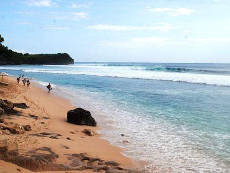 Mooie strand van Balangan aan de zuidwest kust van Bali