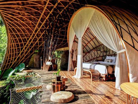 Het unieke verblijf in het Bambu Indah hotel in Ubud