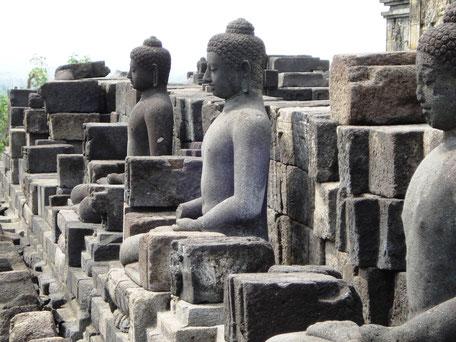 Boeddhistische Borobudur tempel op Java