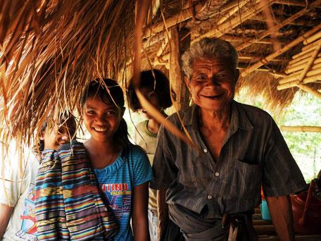 De gastvrije bewoners van een authentiek dorpje op Sumba