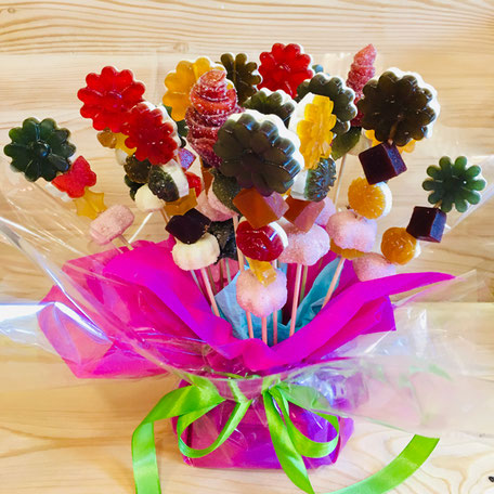 Anniversaire gâteau bonbons tiffanie et ses bonbons