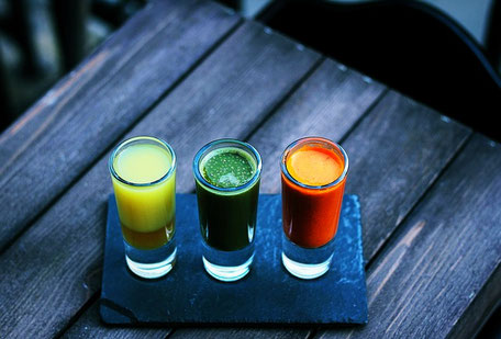 Detox Saft Rezepte: Gelb, Grün, Orange