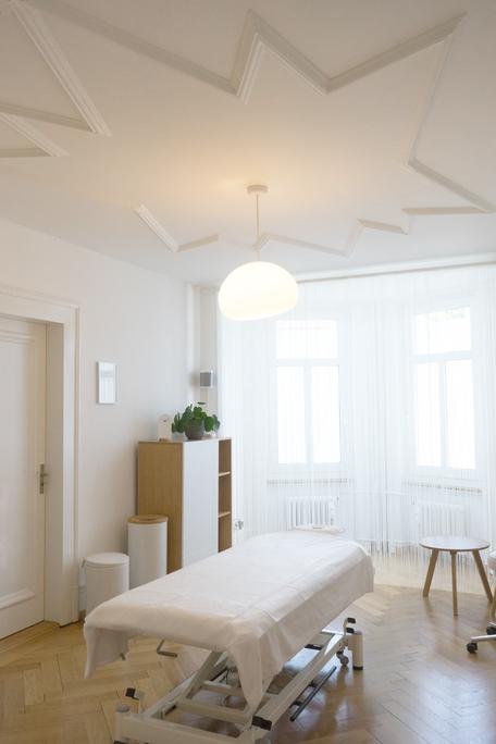 OnPoint Medizinische Massage Praxis Zürich / Behandlungsraum
