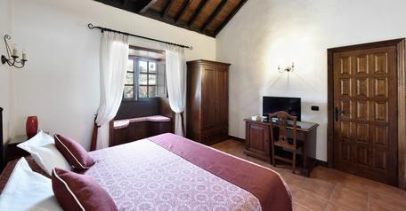 Apartamentos | Precio por noche: 85,00€ | Estancia mínima: 2 noches