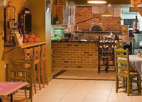 la bottega della pizza, les meilleures pizzas de la région, place assise et pizza au feu de bois à emporter
