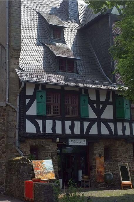 Galerie Barakah, Schloss Burg an der Wupper