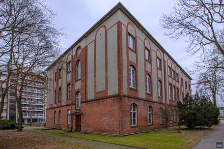 Die Kuranstalt Berolinum an der Lankwitzer Leonorenstraße. Blick auf das ehem. Kommunal - Krankenhaus.