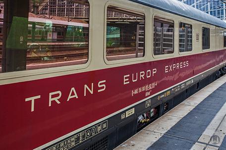 Eisenbahn Deutsche Bundesbahn Luxuszug Rheingold TEE Trans Europ Express Speisewagen Berlin Ostbahnhof