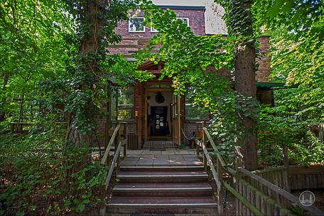 Privates Museum für Tierkunde Berlin. Gartenseite