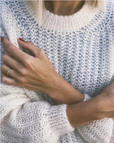 September Sweater von PetiteKnit als Strickset von Wooltwist