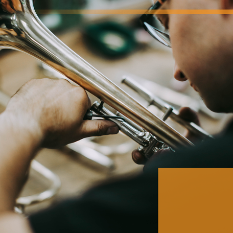 Hersteller von Trompeten und Hörnern