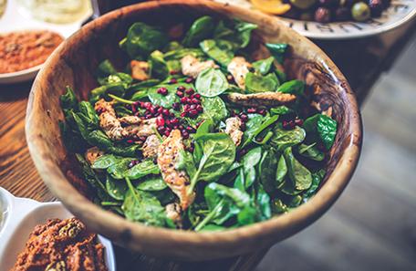 gesunde Ernährung Tipps weiblich Messe