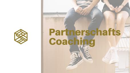 paar sitzt auf mauer, beine, partnerschaftscoaching, Logo gedankengut hypnose & Coaching