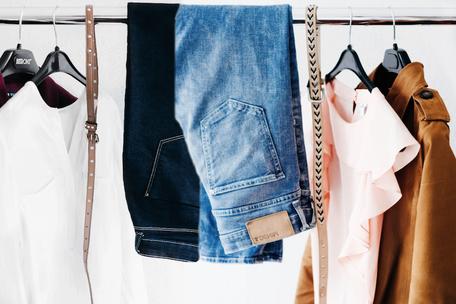 Lerne beim Garderobencheck, wie du dich mit deiner eigenen Garderobe typgerecht kleidest, so wie es deinem persönlichen Stil entspricht.