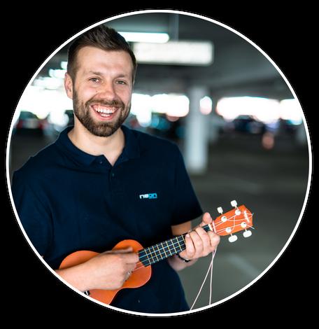 Profilbild Niko Niermann aus Osnabrück mit Ukulele