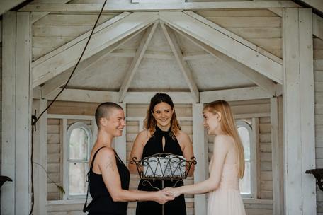 Hochzeitsrednerin Alessa aus Hamburg - Foto von Sinneszauber