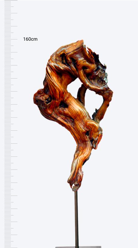 Zirbenskulptur: Jahrtausendspiel