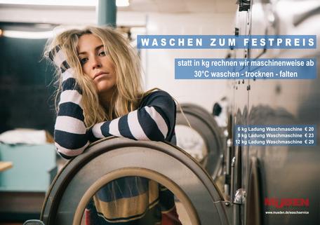 mueden.de, Wäscheservice, Bild zeigt Dame vor Waschmaschine
