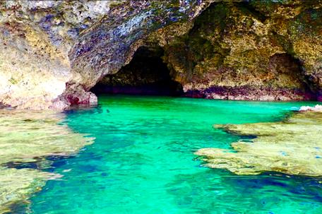 石垣島 シュノーケル 青の洞窟