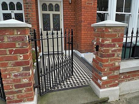 Ворота металлические,ворота стальные,ворота с деревянными вставками