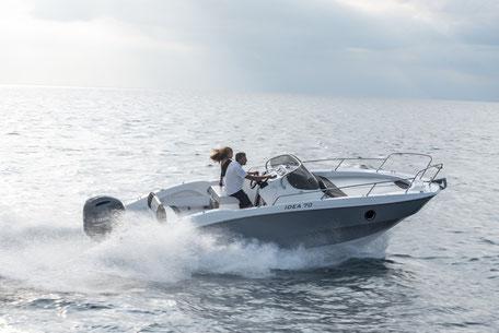 Louer un bateau Idea Marine 70 avec un 225 cv Yamaha chez Mistral plaisance Location au départ du Lavandou