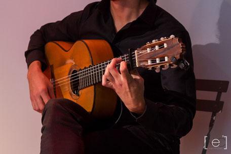 guitariste flamenco soirée