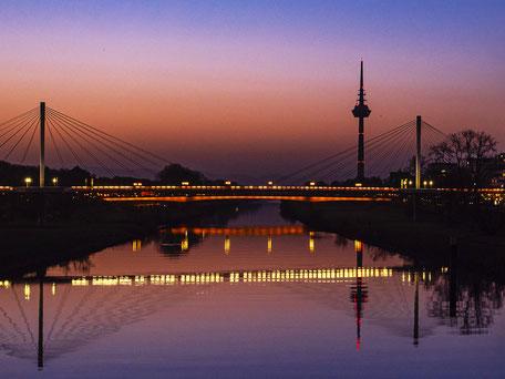 Mannheim, Mannheim Images, Fotodrucke, Thomas Seethaler, Thomas Seethaler Fotografie, Fernsehturm Mannheim, Collinisteg Mannheim, Kurpfalzbrücke Mannheim, Sonnenaufgang