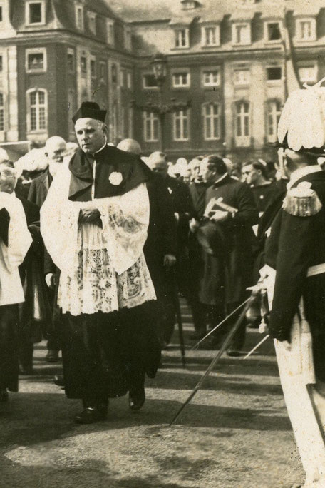 1930 - Graf von Galen als Pfarrer von Lamberti