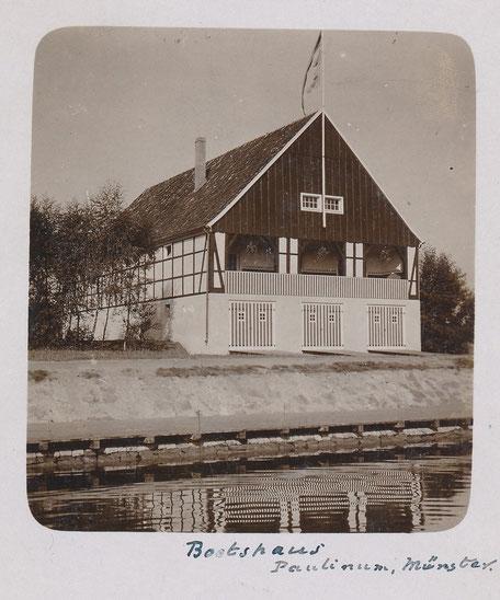 Das gab's auch: Ein eigenes Bootshaus am Kanal