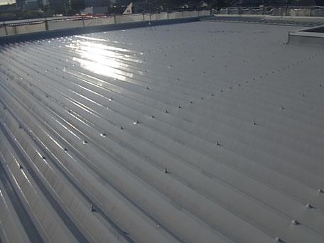折板屋根シリコン塗装完成。熊本市Y様事務所