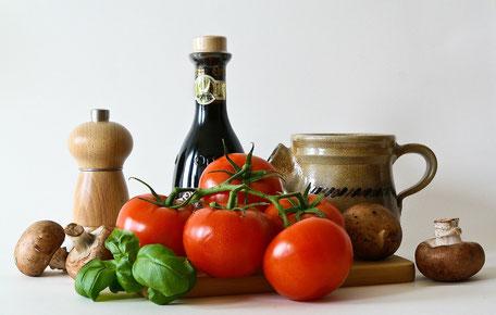 Tomaten Mozzarella mediterran Diät Ernährung Abnehmen beste Low Carb Fett Protein