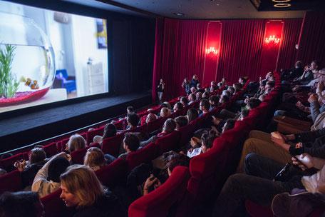 Filmfestivals wie die INDEPENDENT DAYS in Karlsruhe fordern einen Strukturwandel. (Foto: fugefoto)