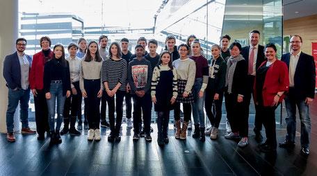 Begeisterte Teilnehmer beim Kick Of Termin in der Sparkasse Karlsruhe am 16. Januar 2020