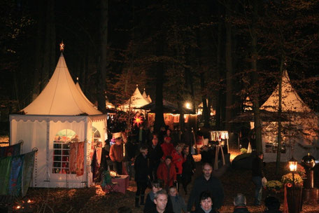 Bild: Winterfestival im Lichterschein, romantische und besinnliche Stimmung