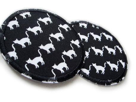 Bild: Katzen Flicken zum aufbügeln schwarz, Kleine Hosenflicken für Kinder mit weißen Katzen