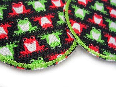 Bild: grüne und rote Frösche auf schwarz Bügelbild Hosenflicken Bügelflicken für Kinder