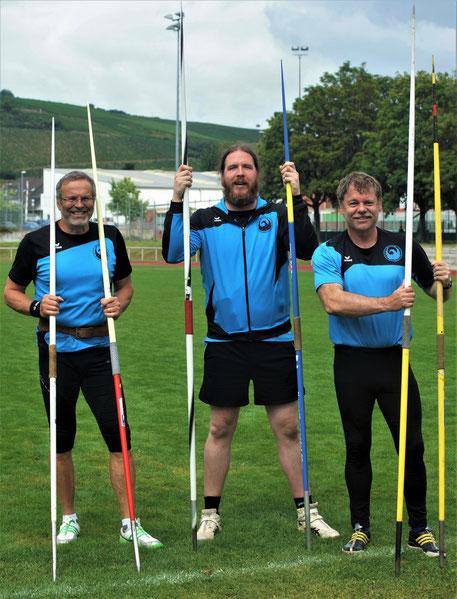 Dr. Klaus Lutter, Ruben Loew und Dr. Ulrich Löcher haben bereits vor den Wettkämpfen gut lachen!
