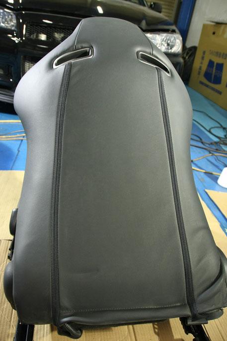 BNR34Mスペック 革シート汚れ