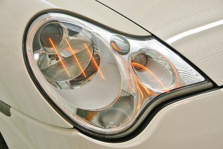 996ターボのヘッドライトコーティングを焼付け