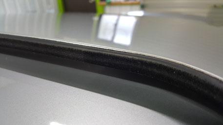 ポルシェ996ターボのガラスコーティング 細部の汚れ除去 スライディングルーフの水あか洗浄 埼玉所沢 越谷 草加