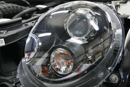 ミニのヘッドライトリペア磨き後 左側