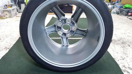 996ターボの焼き付けホイールコーティング 埼玉の丁寧な車磨き専門店