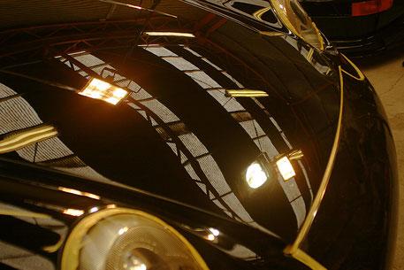 993RSソリッドブラックの傷除去・改善・修理 黒い車の磨き ガラスコーティング前の下地研磨